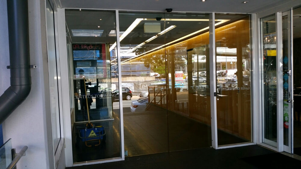 ICU Commercial Window Cleaning in Toowong