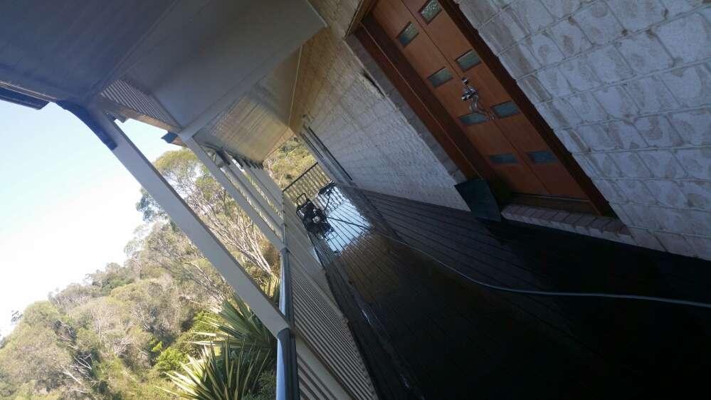 Brookfield Best House Wash Services - ICU