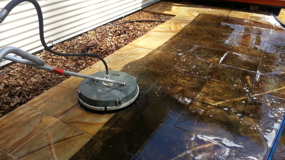 ICU Cleaning - Pressure Washing Pullevale!