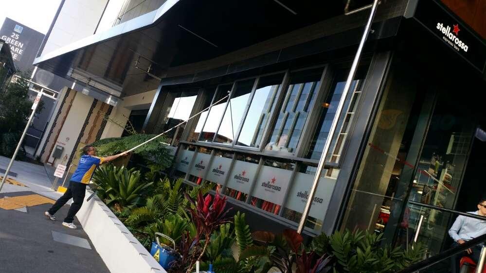 ICU Cheap Window Cleaning in Brisbane - 9