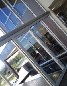 Residential Window Cleaner Bardon - ICU Cleaning
