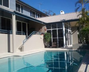Residential Window Cleaner Ferny Grove - ICU Cleaning