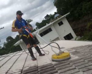 ICU Roof Cleaning Pullenvale