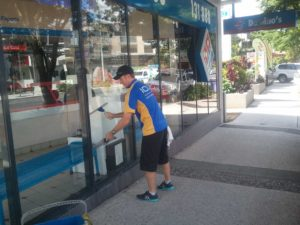 Commercial Window Cleaning Karana Downs - ICU Cleaning